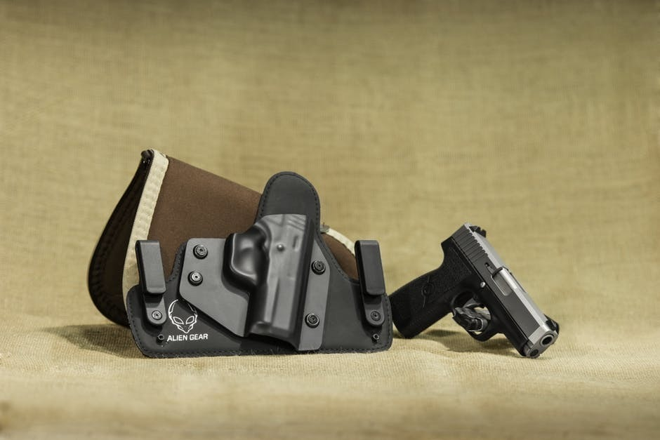 How to Choose IWB Holsters